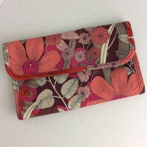 Vera Bradley Maroon Pink Floral Make Up Brush Case